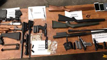 Decomisan arsenal en carretera a Saltillo