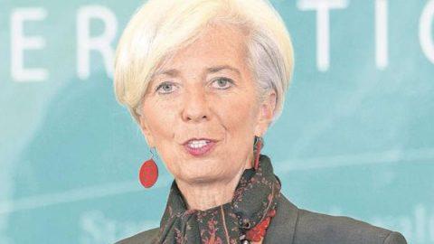 Directora del FMI pide a países alejarse del proteccionismo