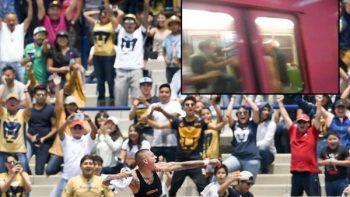 Aficionados de Pumas exhiben mal comportamiento en el Metro