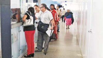 Ante caída en Afores, recomiendan a trabajadores mantener la calma