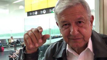 AMLO pide contrarrestar 'guerra sucia' sin insultos y con alegría