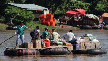 Cruzan río Suchiate; no hay policías