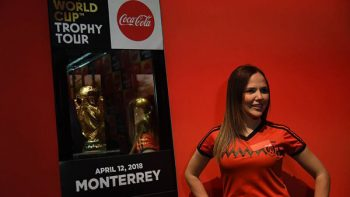 Disfrutan aficionados regiomontanos 'Trophy Tour México'