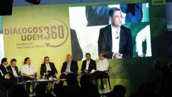 Participa Víctor Fuentes en debate de la UDEM