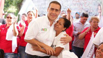 Se compromete Heriberto a ampliar oferta educativa en Juárez