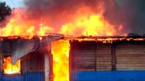 Incendió su casa al encontrar a su marido en la cama con dos mujeres