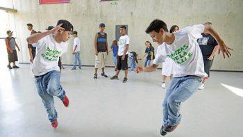 'La Colombia' gana el baile a las pandillas