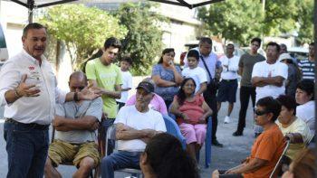 Se compromete Héctor García a mejorar el servicio del transmetro