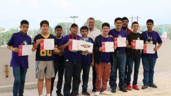 Ganan plata y bronce en competencia nacional de matemáticas