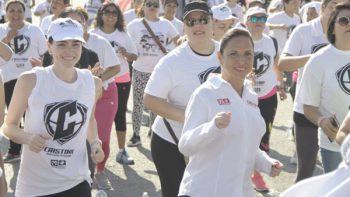 Recorre Cristina Díaz 134 colonias en un mes de campaña