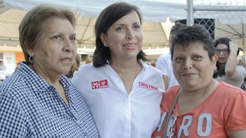 Presenta Cristina Díaz programa de créditos a mujeres de Guadalupe