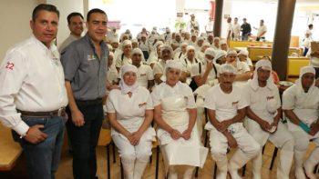 Suma Heriberto Treviño Cantú apoyo de taxistas y empresarios