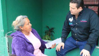 Ofrece Daniel Torres Cantú 'El Gallo' dar presupuesto a las colonias