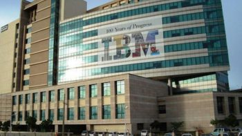 IBM prohíbe a trabajadores usar memorias USB y tarjetas SD