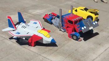 Niños sorprenden con sus disfraces de los Transformers (VIDEO)