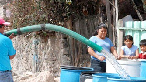 Pobladores denuncian canje de voto por agua