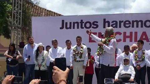La Tigresa acompaña a AMLO en mitin en Chiapas