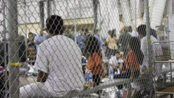 Hallan a tres niños mexicanos en albergue de NY