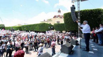 'Mi fuerte no es la venganza', dice AMLO a panistas y priistas