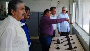 Constatan Municipio y COMAPA avance de instalación de equipos de bombeo