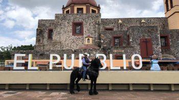 'El Bronco' cabalga por Querétaro en caballo de 250 mil dólares