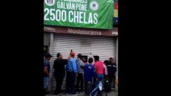 Regalan en Guanajuato 2 mil 500 cervezas por victoria de México