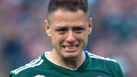 Las lágrimas de 'Chicharito' en el Himno Nacional