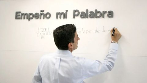 Ofrecerá Felipe Gobierno transparente y sin corrupción