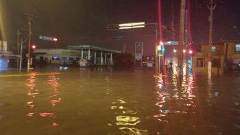 Caen tres pulgadas de lluvia en una hora en Matamoros