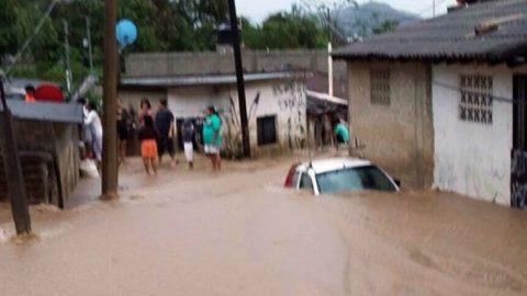 Tormentas en Jalisco dejan 400 personas afectadas