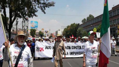 Marchan en conmemoración del 47 aniversario del 'Halconazo'