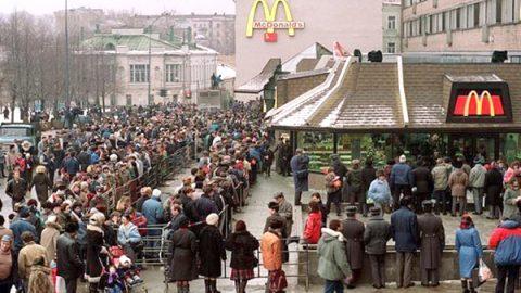Así llegó el primer McDonald's a Rusia