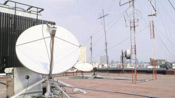 Usuarios se quejan por fallas en el servicio de telecomunicaciones