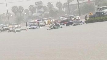 Inundaciones en el Valle de Texas provocan caos