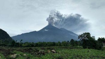 UNAM apoya con monitoreo de volcán en Guatemala