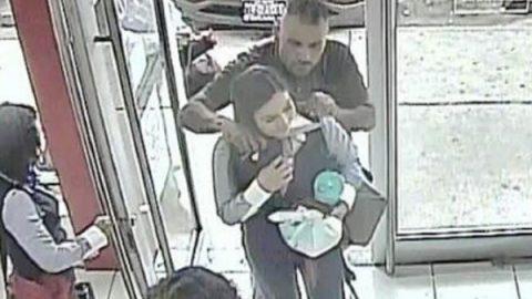 Liberan a rehenes y frustran asalto bancario en Sonora (VIDEO)