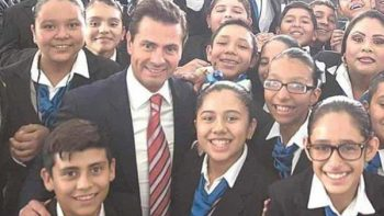 Alumna de Reynosa gana Olimpiada del Conocimiento y convive con EPN