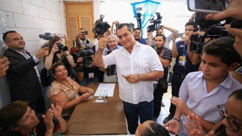 Vota 'El Bronco' por un México libre