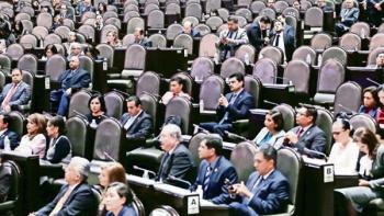 Regresan más 'chapulines' al Congreso