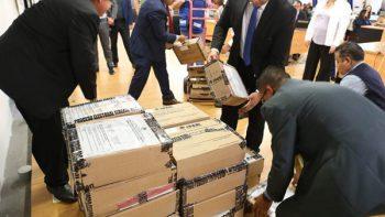 Reciben paquetes electorales de votos de mexicanos en el extranjero
