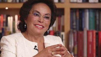 Elba Esther, tranquila, sin rencores y haciendo política