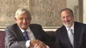 Expertos y políticos aplauden reunión AMLO-Meade