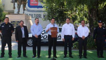 Entrega Cienfuegos nuevas patrullas a Seguridad Pública