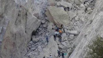 Derrumbe de mina de mármol deja personas atrapadas en Hidalgo