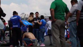 Heridos en el Azteca por bronca entre aficionados de Cruz Azul y León