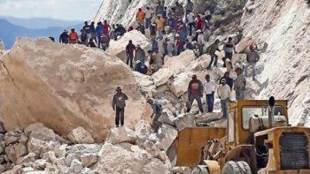 Mueren tres por derrumbe de mina de mármol en Hidalgo