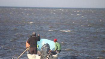Se extravía embarcación con dos pescadores en Chiapas