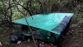 Rescatan a restaurantero secuestrado; estaba un campamento en la sierra