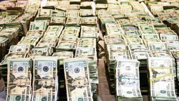 Aseguran dos millones de dólares en un autobús en Tamaulipas