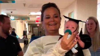 Bebé nació con 2% de vida y salió graduado del hospital (VIDEO)